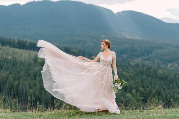 shipping wedding dresses