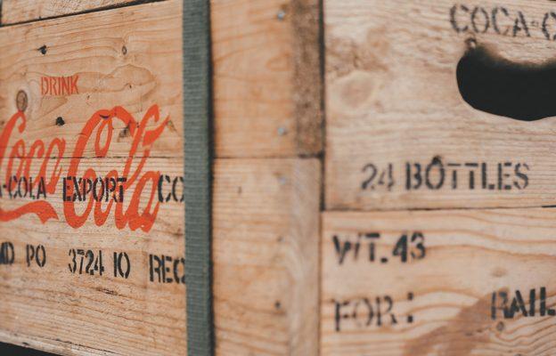 Coke-wooden-crate