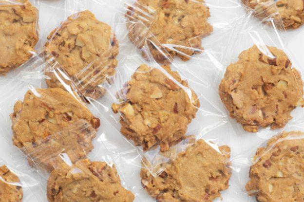 Cookies-in-Polyethylene-Wrap