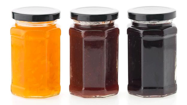 Glass-jars-with-metal-lids
