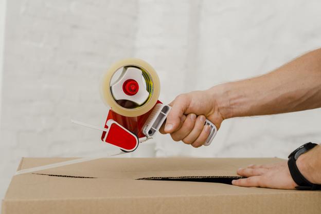 Pressure-sensitive plastic packing tape