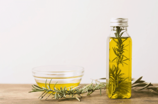 Rosemary-and-its-oil