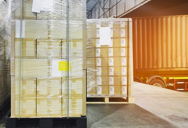 Stretch-wrapped-pallets